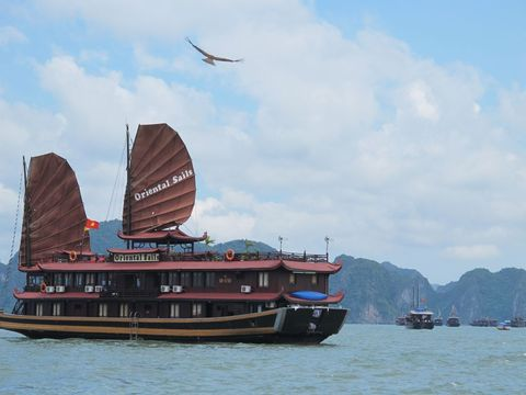 Escape to HaLong Bay on Oriental Sails 3 Days 2 Night